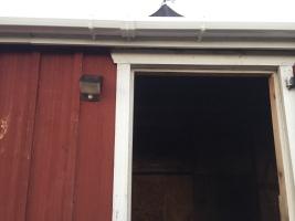 Solar light on barn IMG_0293